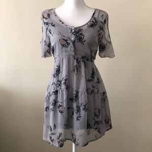 Band of gypsies open shoulder floral size XS dress
